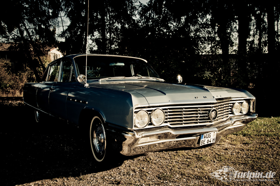 Buick_electra_225_01