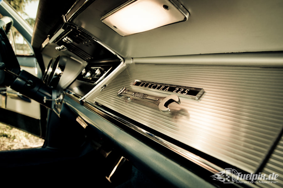 Buick_electra_225_10