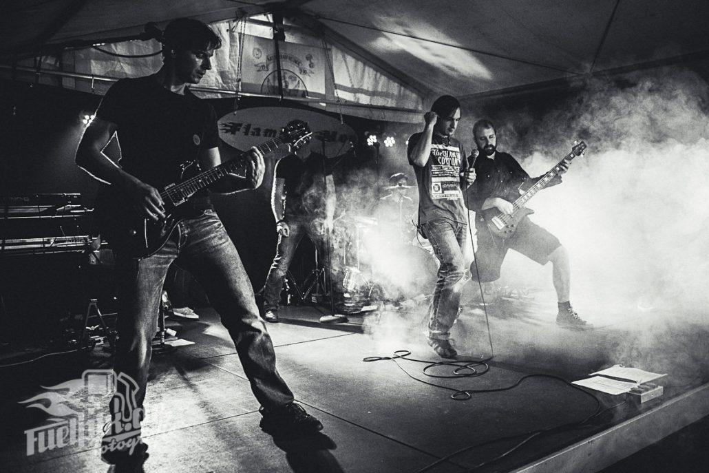 Konzertfotografie Franken – Flaming Moe mit neuem Sänger auf dem 22. Internationalen Motorradtreffen in Mörsach